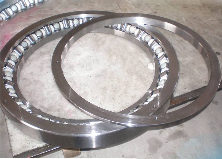 Custom special and large crossed inch tapered roller bearing xr766051