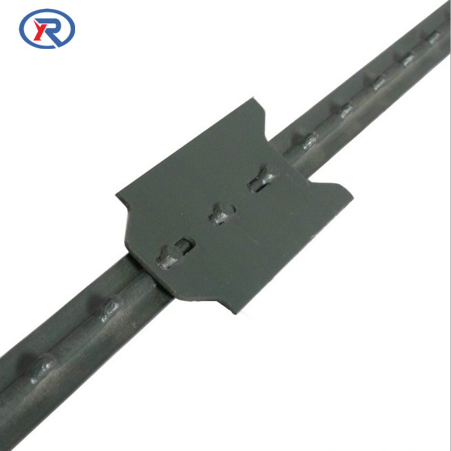 Green Metal Studded T Post With Spade