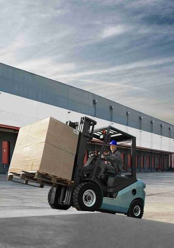 Sell Royal 2.0-2.5ton diesel forklift with original Japanese engine