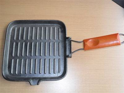 cast iron wooden handle grill pans