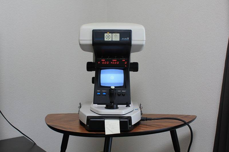 Nidek AR 1100 Auto refractometer