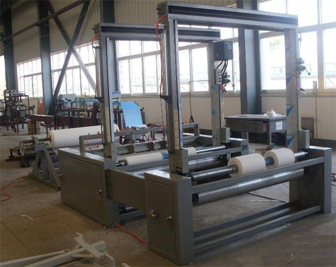 Nonwoven Slitting and Rolling Machine