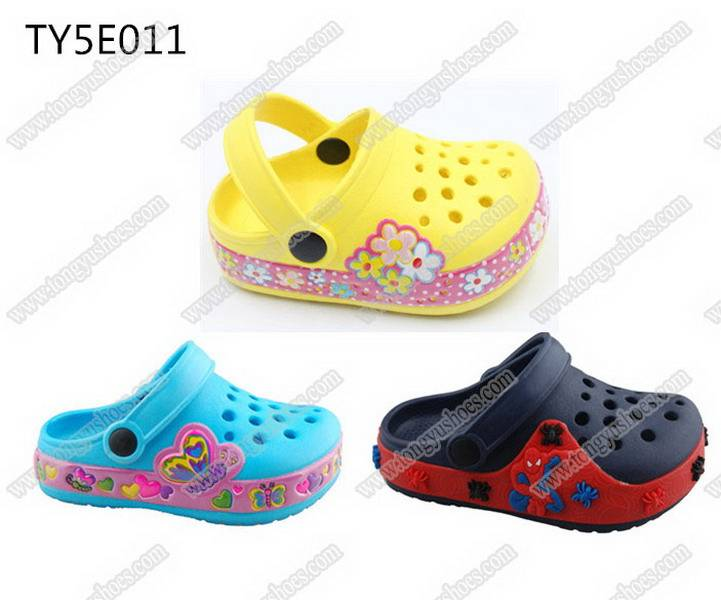 fashion mule nude children garden clogs shoes with charming side bands