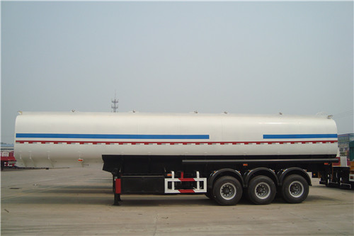 3 Axles 40 CBM Carbon Steel Fuel Tanker Trailer