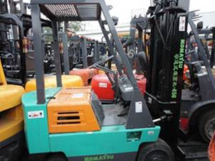 Used KOMATSU Forklift FD-15 from Japan