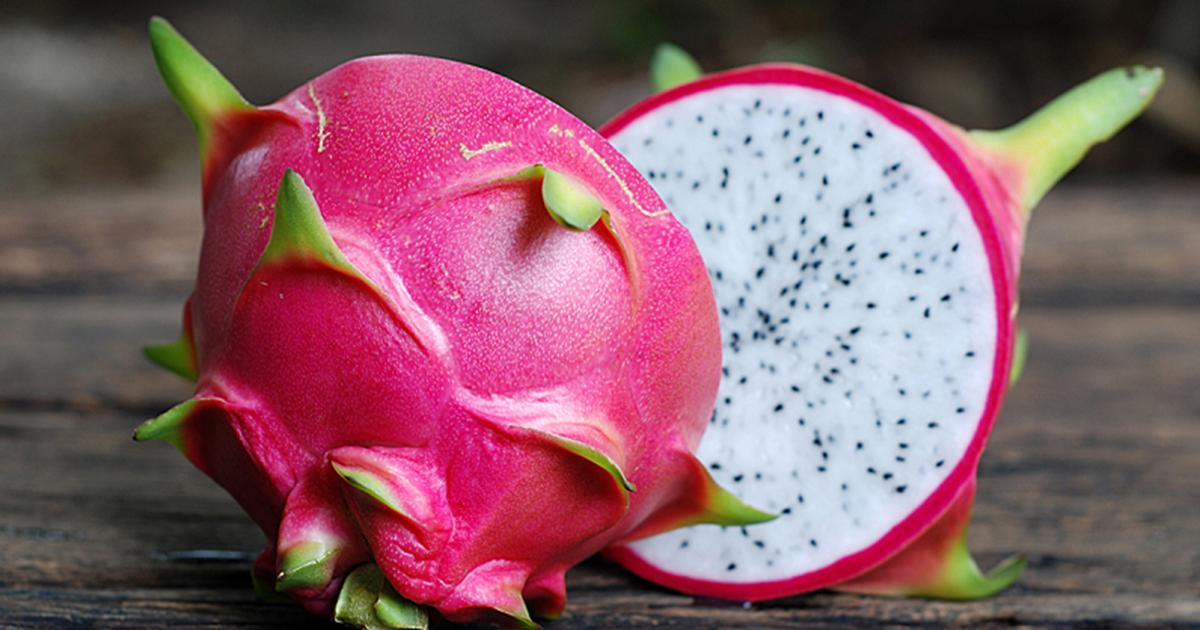 Fresh Dragon Fruit / Dragon Fruits / Fruits