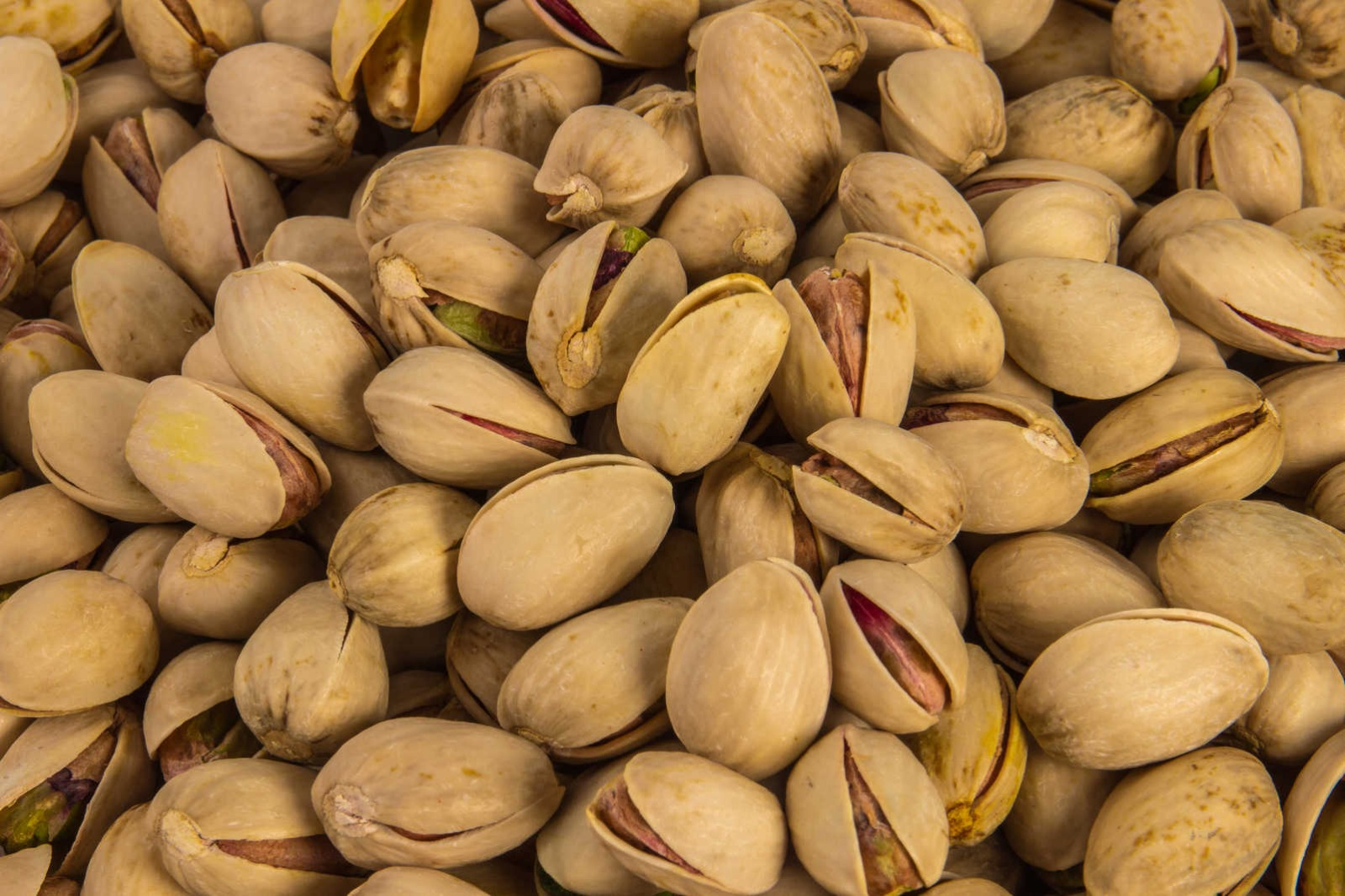 Best grade Pistachio Nuts, Pistachio with and Without Shell/High Quality for sale