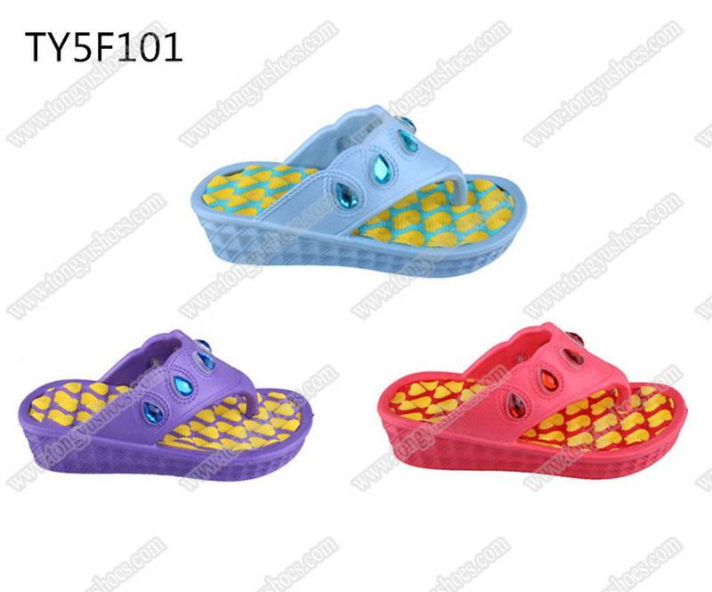 nude rhinestones upper girls low wedge heel beach thong sandals