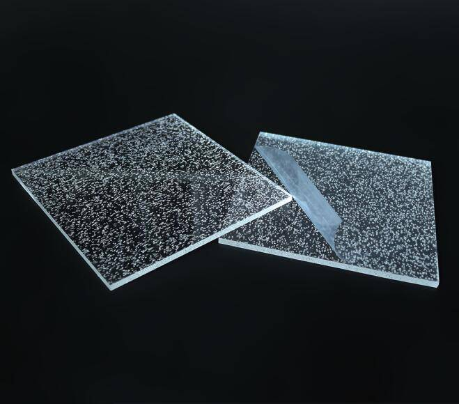 Cutting clear acrylic bubble sheet for decoration
