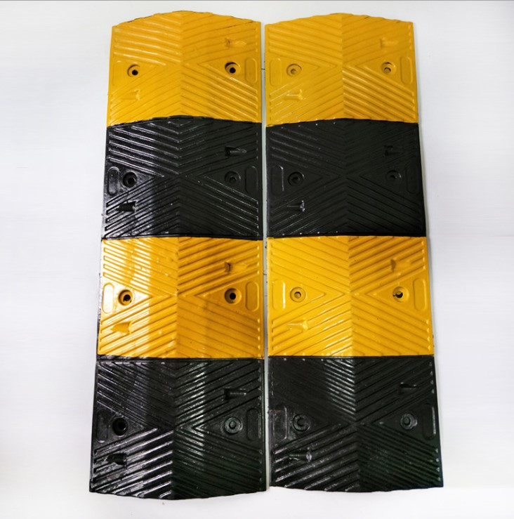 Speed Hump / Rubber Speed Bump / Deceleration Strip bumper pads