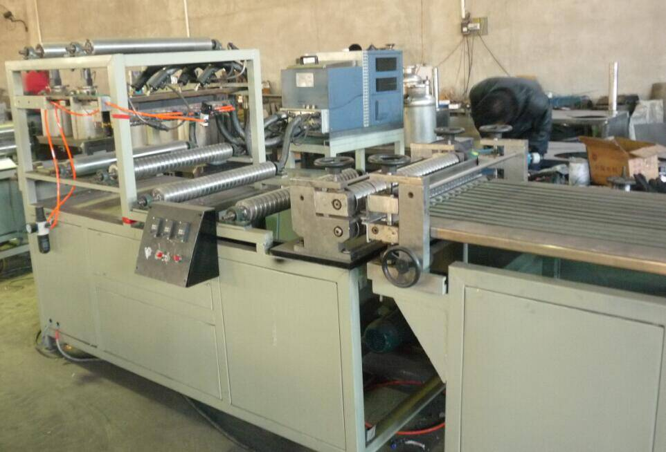 630mm automatic HEPA filter mini pleating machine