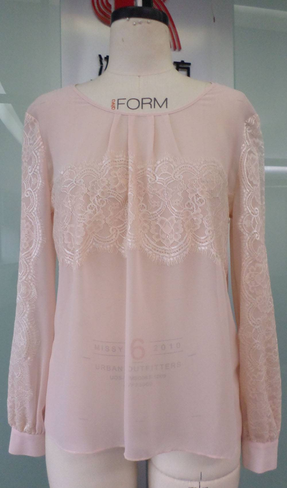 Laides 100%Polyester Blouse with Lace
