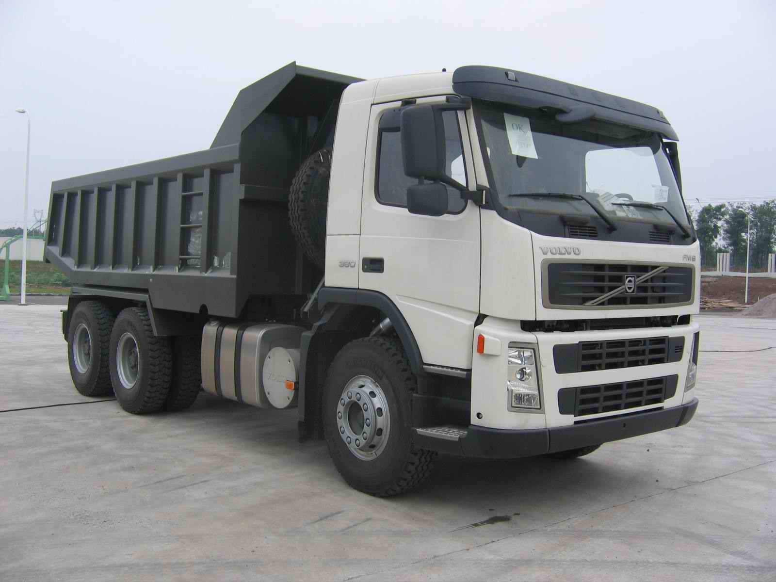 Tippers (VOLVO -FM400)