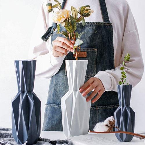 Modern simple Nordic furnishings bedroom flower arrangement art vase