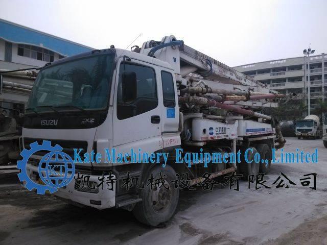 2004 ZOOMLION Second Hand Concrete Pump Truck for sale