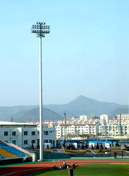 Floodlighting Highmasts/Area Lighting Poles