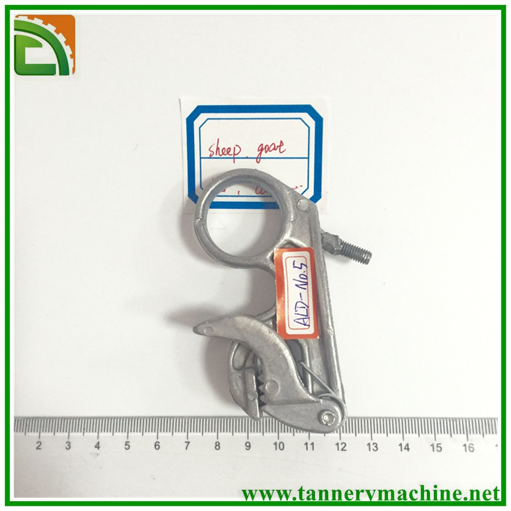 ALD-NO.5 middle size aluminum toggle clips