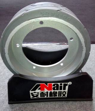 ANair Solid Tire 323x100, for Machine JLG