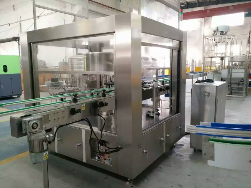 Automatic glass bottle hot melt glue labeling machine