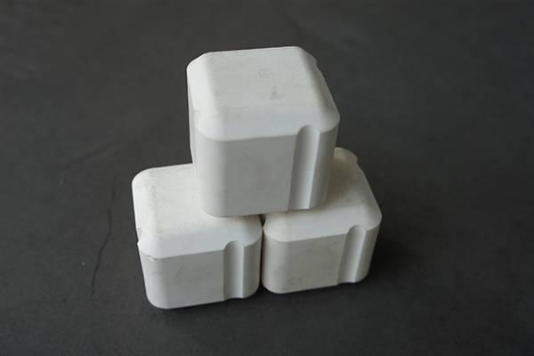 Alumina rectangle lining brick