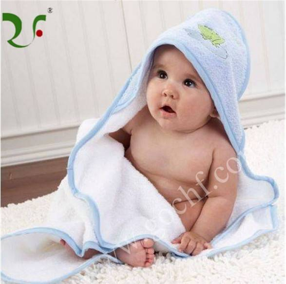 High quality 100% cotton cartoon applique baby hooded bath towel
