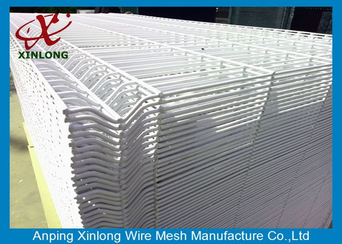 Industry Zone Pure White Powders Sprayed Coating 3D Wire Mesh Fence