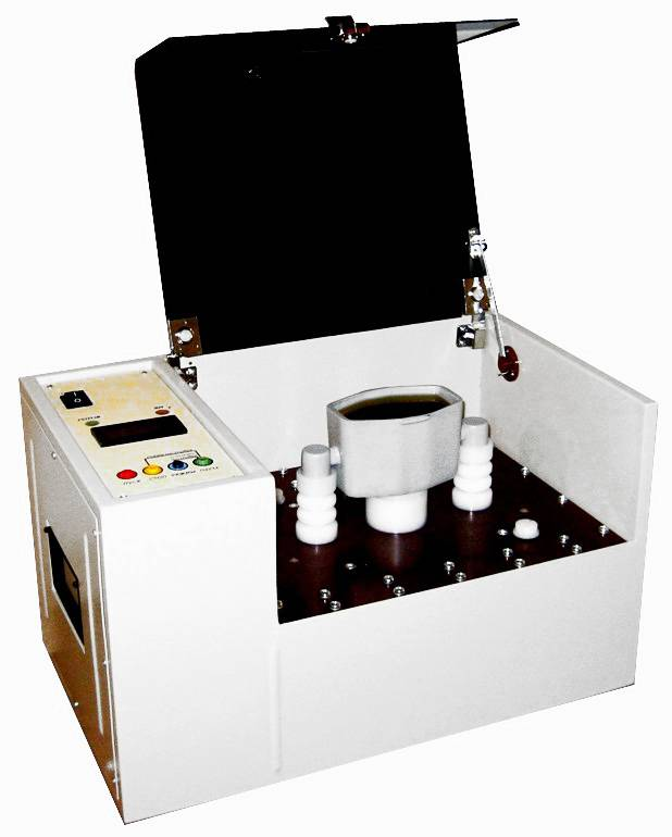 UIM-90 BDV oil tester