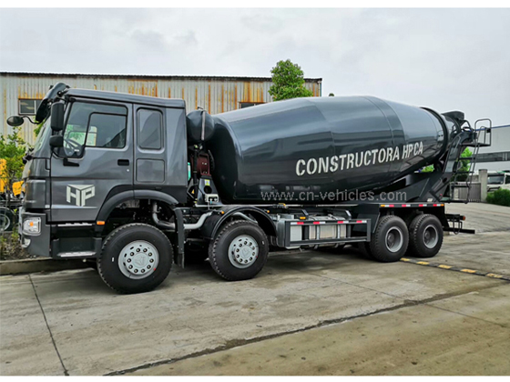 Sinotruk HOWO 371HP or 336HP 18m3 18cbm 18 cubic meter Transit Cement Mixing Concrete Mixer Truck Fo