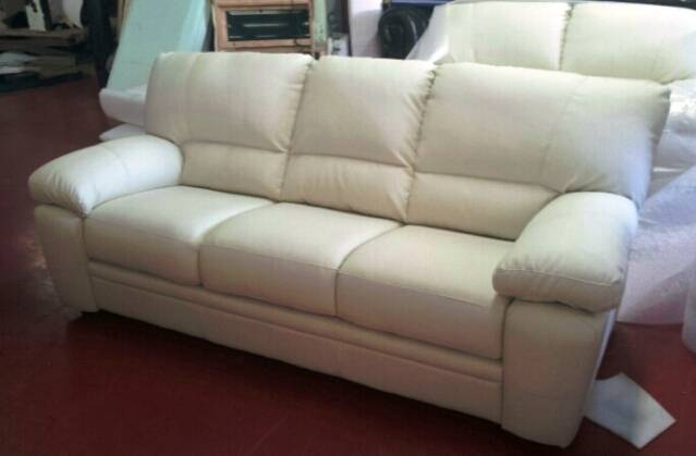 Modern sofa leather 5 ( 100% Made in Italy )