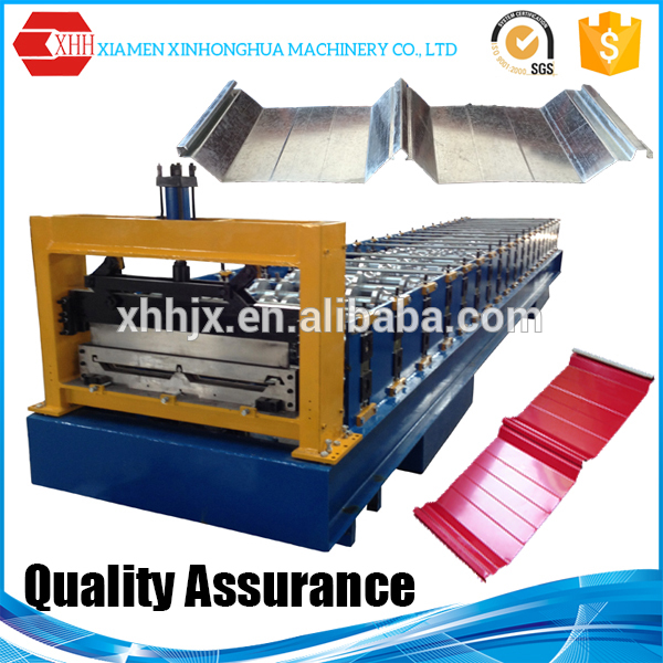 Fully automatic joint hidden steel roofing sheet roll forming machine