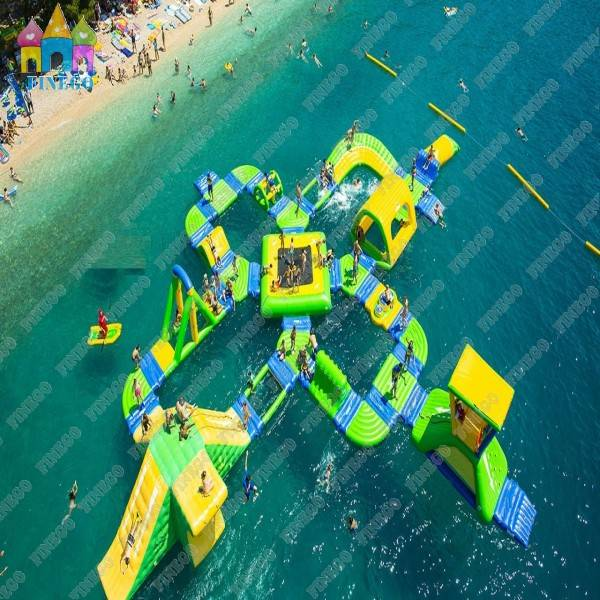 Inflatable Floating Combination Water Park