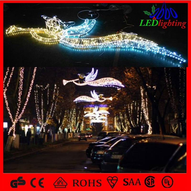 outdoor holiday decoration christmas motif street light