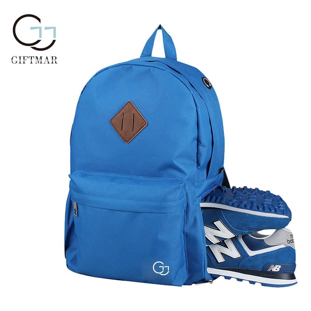 Polyester waterproof shoulder bag with independent storage shoes bag