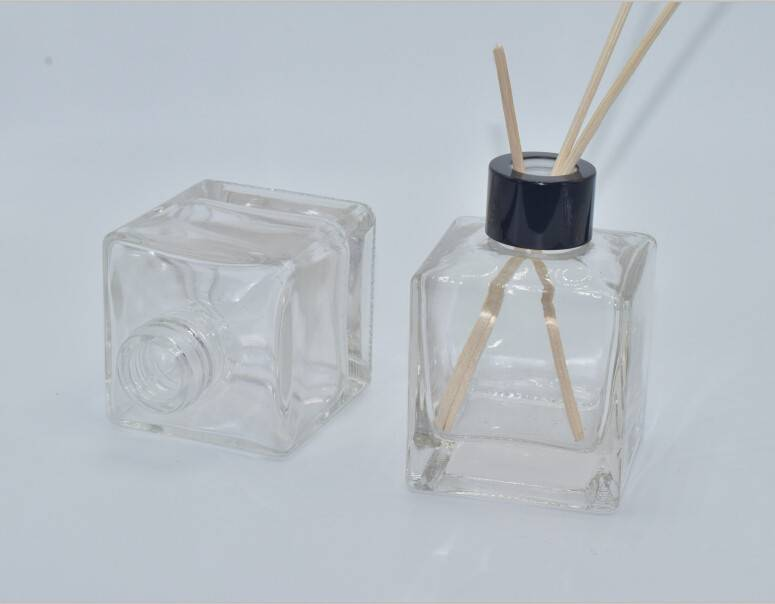 reed diffuser glass bottles, Aroma reed diffuser glass bottles with metal lid, screw mouth glass ree