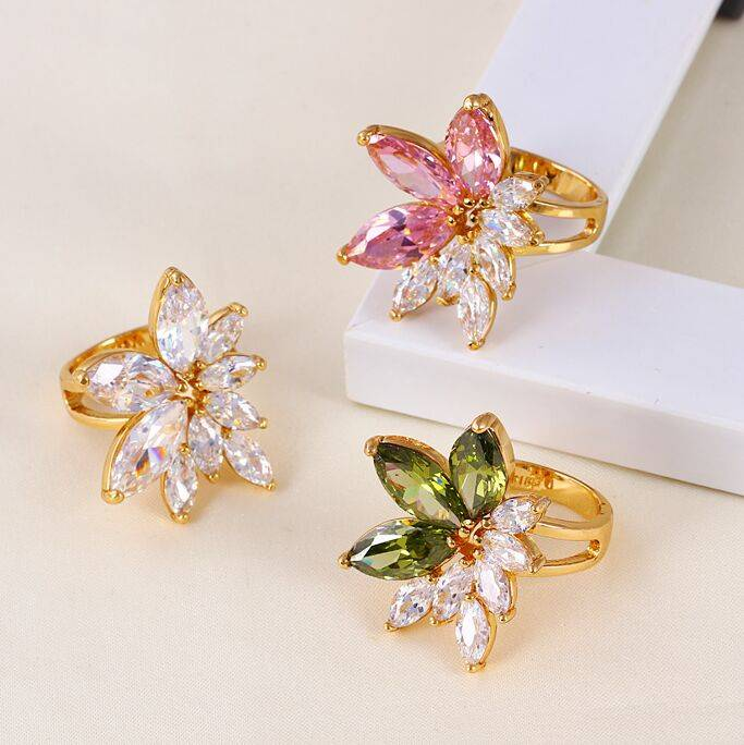 flower CZ ring jewelry with Rhodium and 18K gold plated
