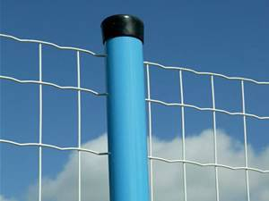2m Height weld wire mesh fence fabrication works steel welded fence