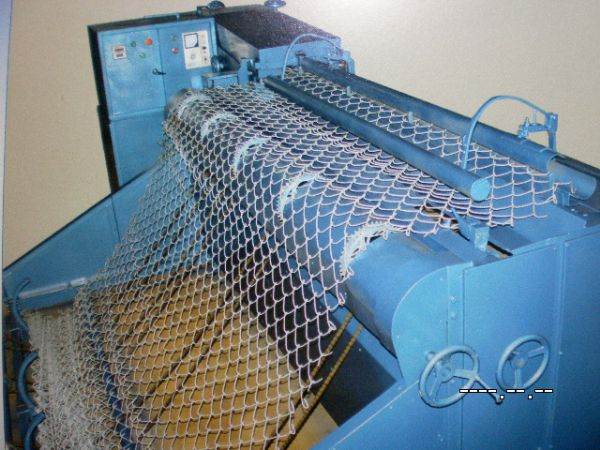 FT-D2000 Full Automatic Chain link fence machine /Low Price
