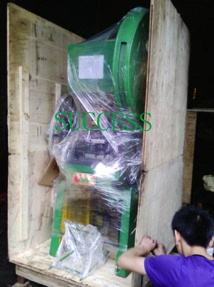 SUCCESS SELLING AUTOMATIC MATTRESS SPRING CLIPS MAKING MACHINE