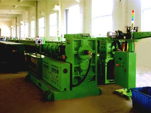 rubber extruder microwave vulcanizing production line