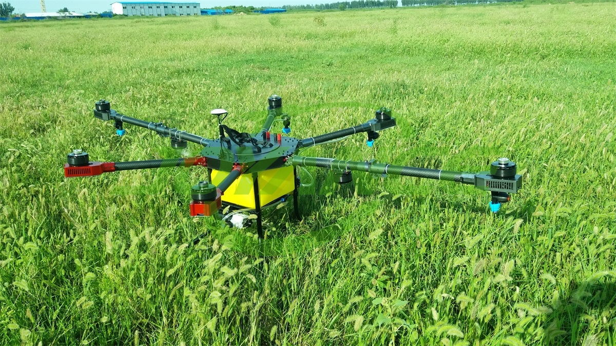 waterproof designed GPS remote controlled 10L drone sprayer for agriculture drone