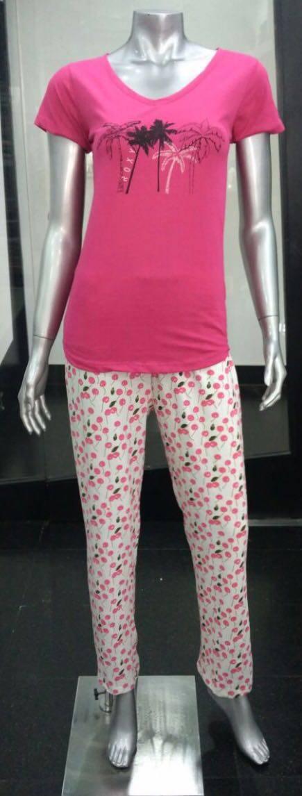 Ladies knitted loungewear pajamas