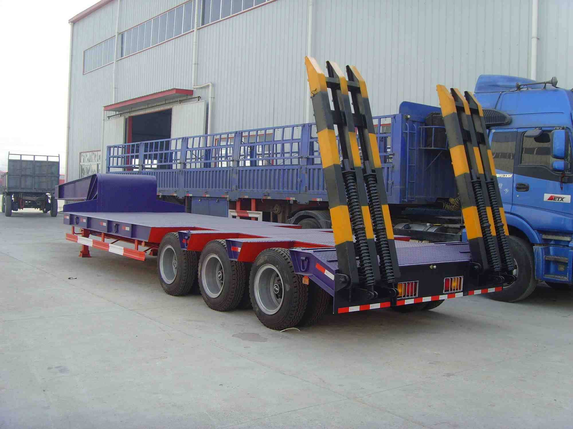 3-axle or 2-axle Lowbed Semi Trailer