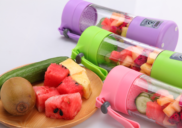 Portable Blender Juicer cup 420ML with 4 blades,personal juicer bottle