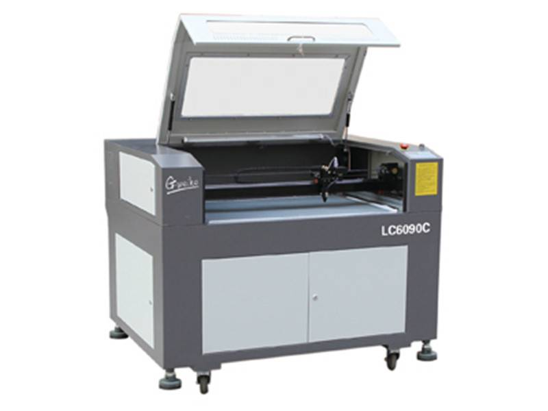 CCD laser cutting machine (LC6090C)