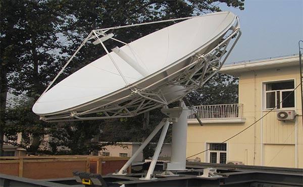 3.7 meter satellite dish