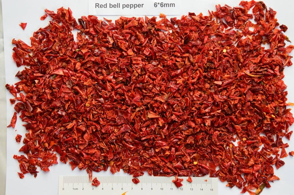 dried red bell pepper/dehydrated red bell pepper 6*6mm