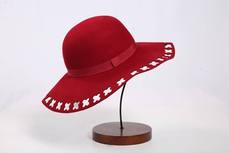 Bright Red Wool Felt Hat (FW012453)