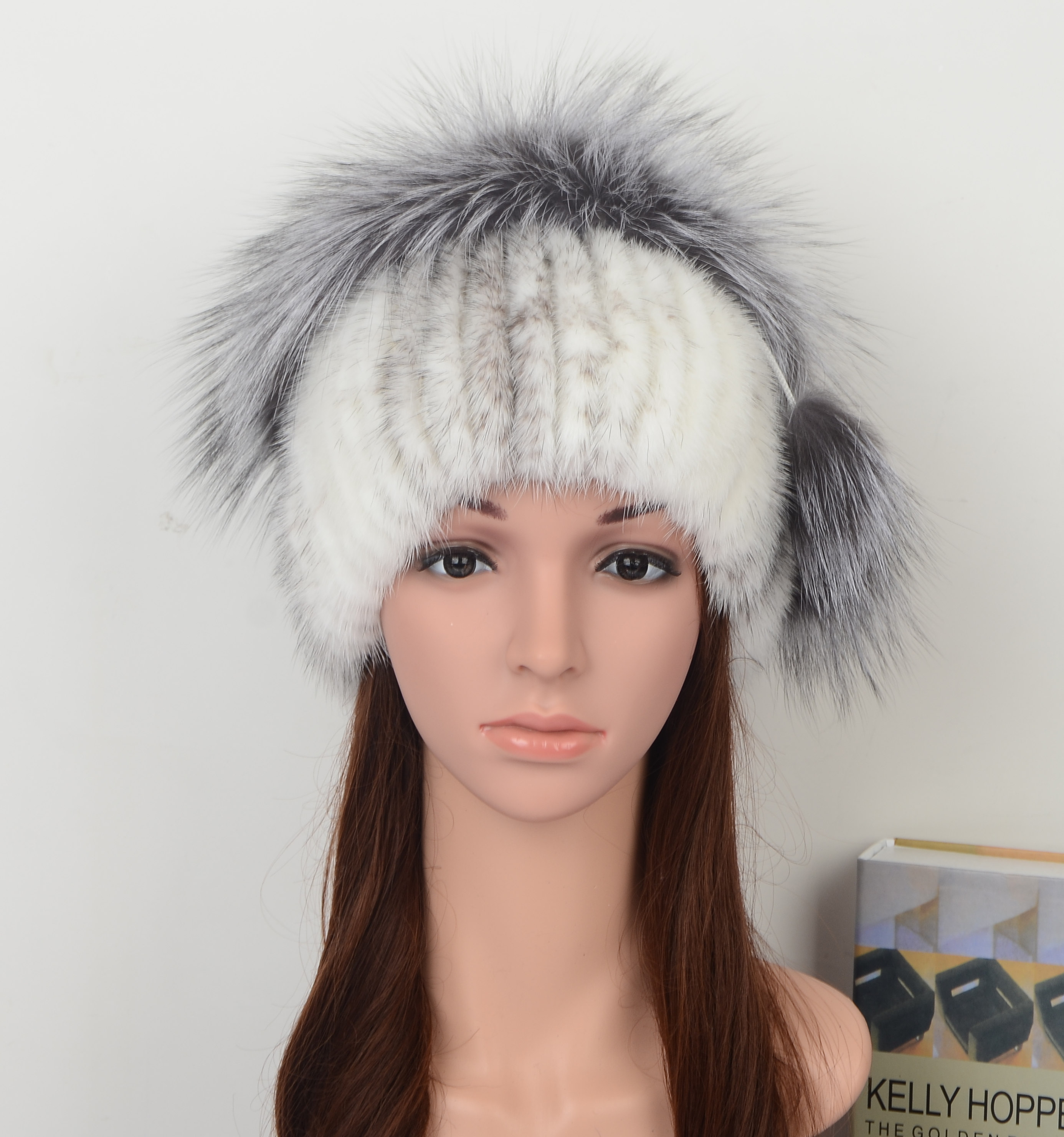 Mink Fur Hat Fashion Style with Pom Pom