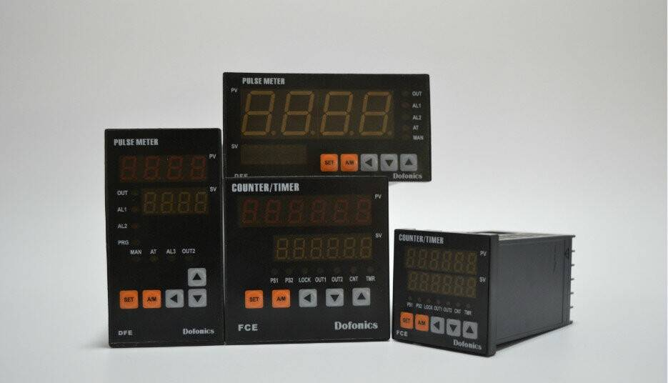 High precision temperature controller factory price