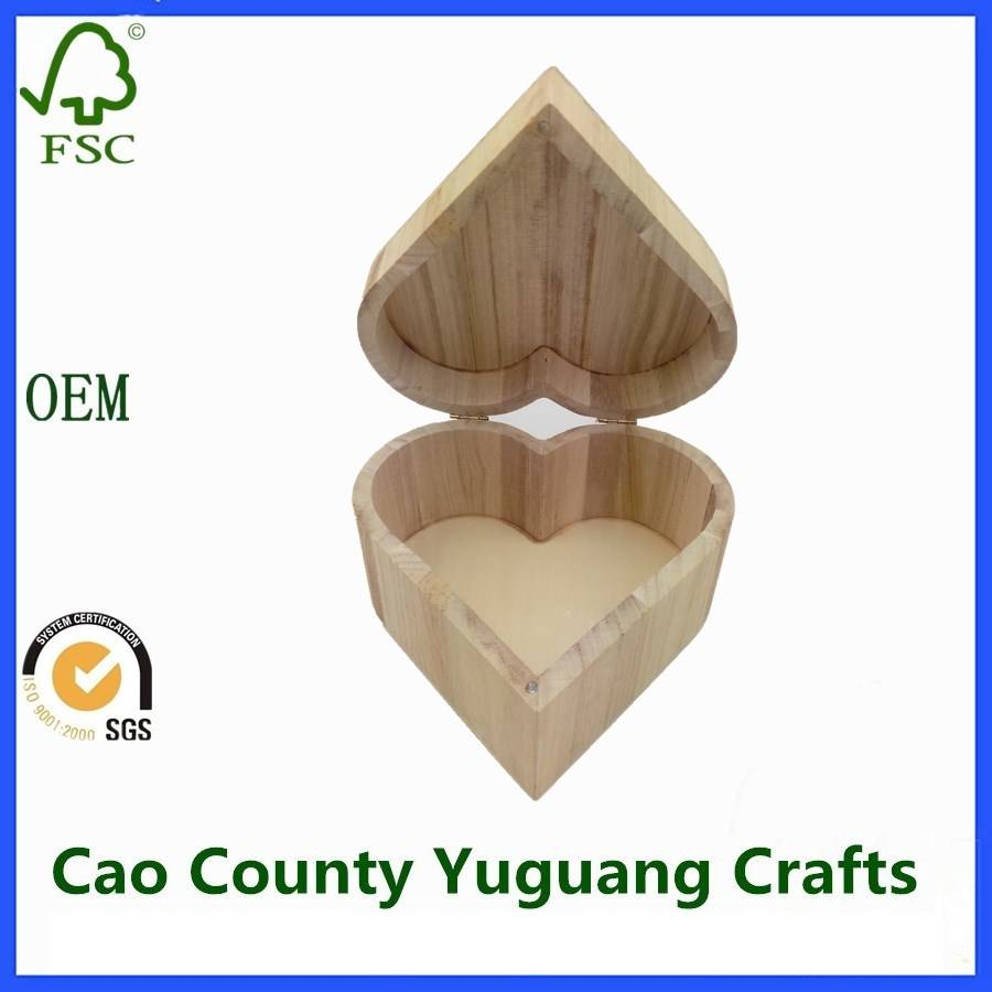 Paulownia Wooden Heart Shaped Boxes Decorative Heart Shaped Boxes